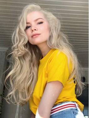 2018 Platinum Blonde Lace Front Lose Lockige Synthetische Perücken